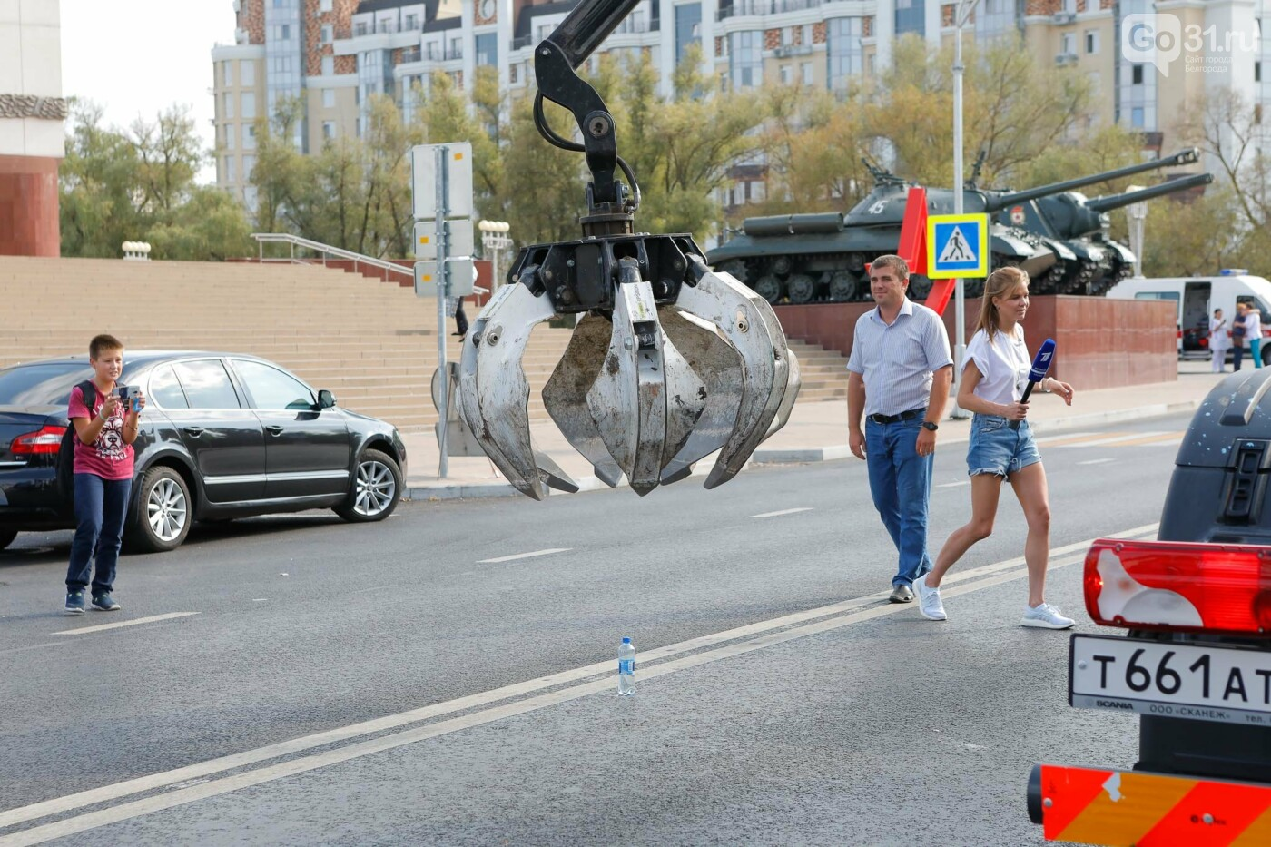 Какое шоу показали белгородцам участники российского пробега мусоровозов, фото-14