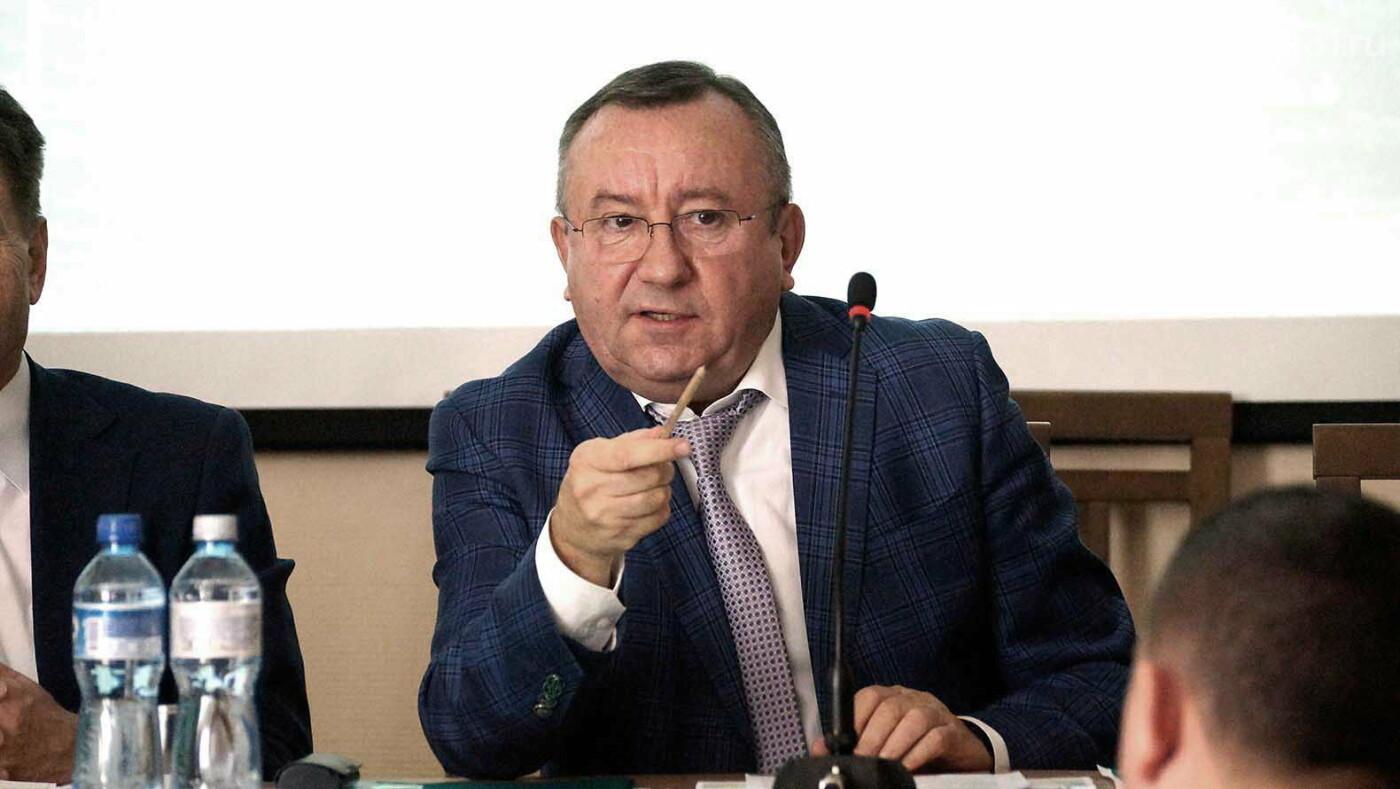 «От власти реакции нет». Белгородские депутаты обсудили дорожное строительство, фото-3