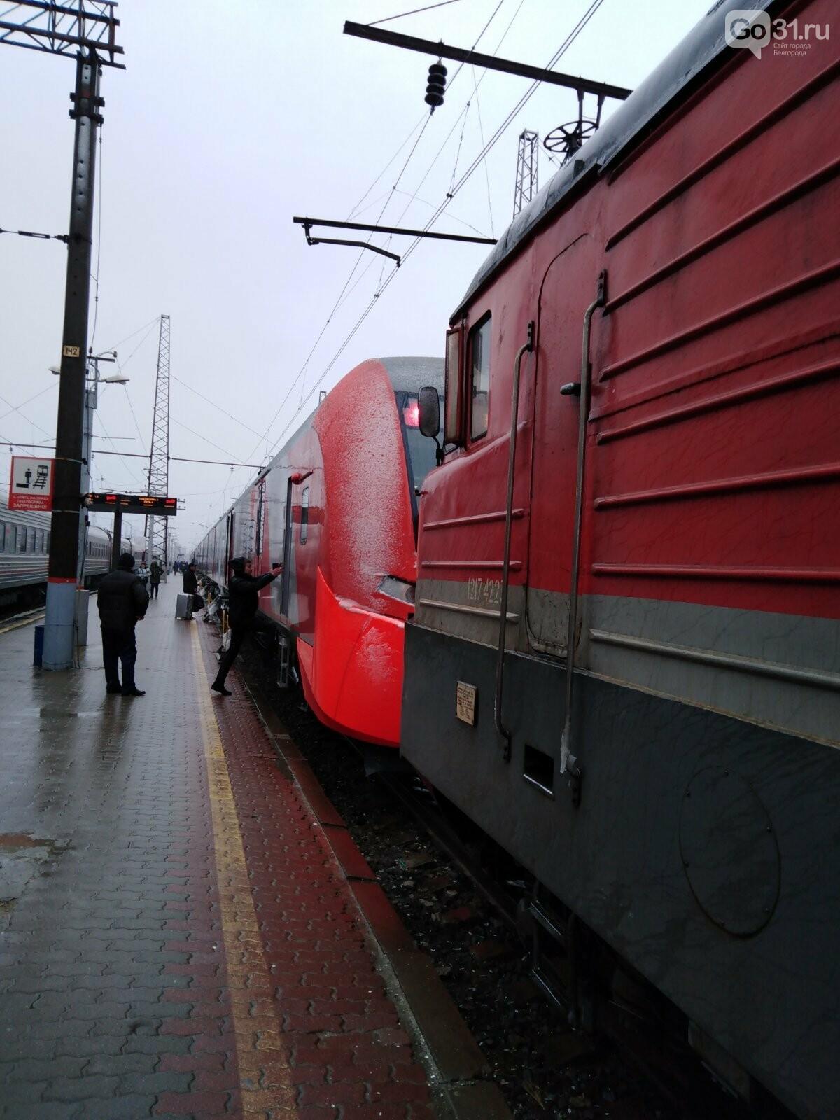 Поломавшуюся «Ласточку» тянут к Белгороду экстренно вызванным локомотивом, фото-5