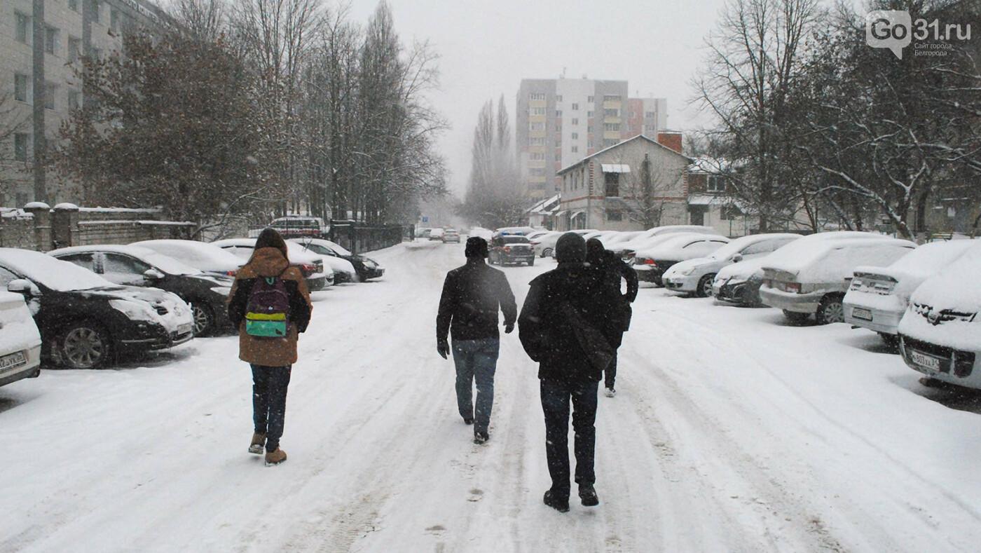 Приехали за Климовым в СК, Фото: Сергей Кудрин