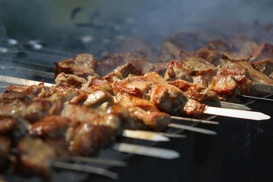 На «ГрильФесте» вБелгороде приготовили рекордную порцию мясного рагу