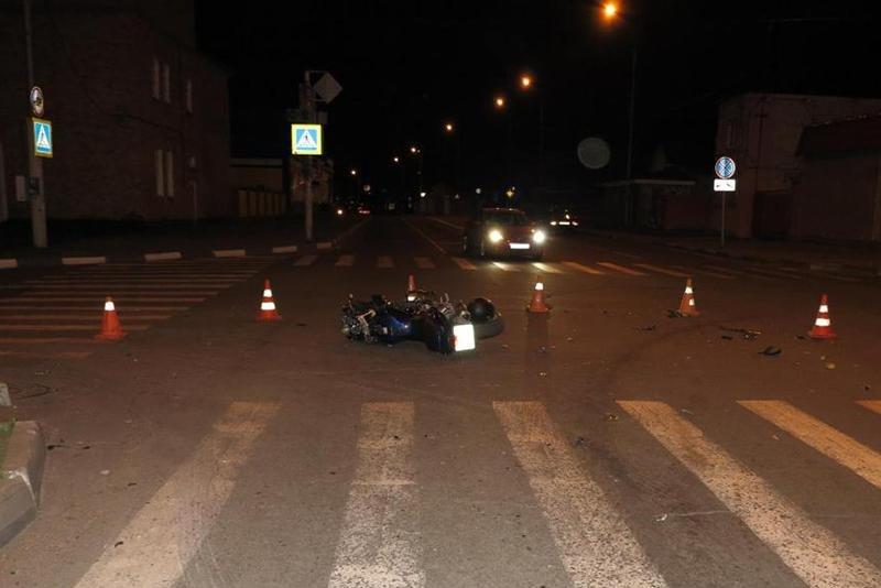 На выходных под колёсами машин пострадали двое детей , фото-1