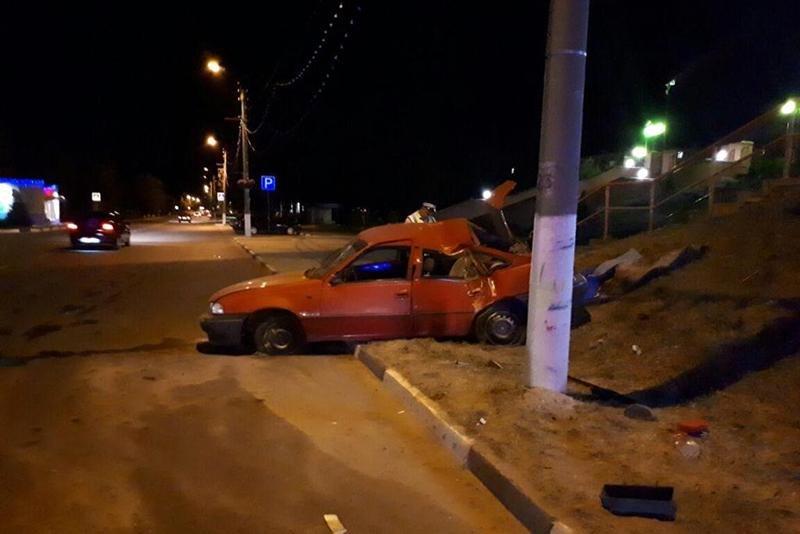 На выходных под колёсами машин пострадали двое детей , фото-2