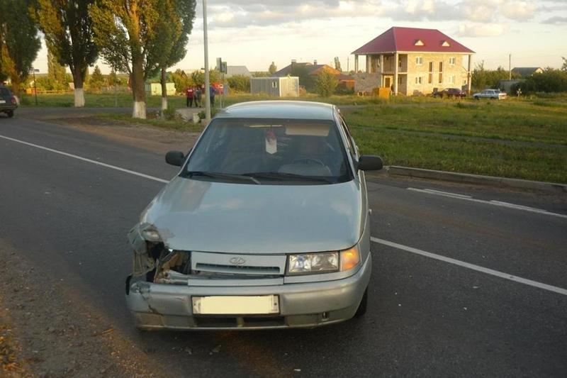 Под Белгородом ВАЗ протаранил мотокультиватор, фото-2