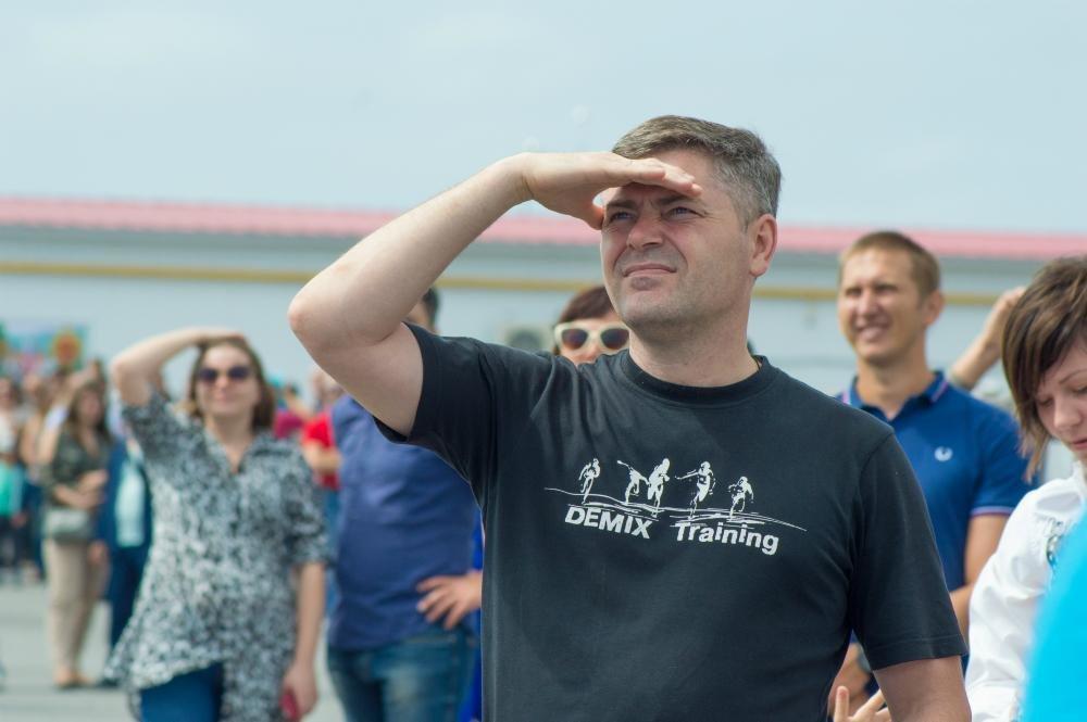 «Русские витязи» пролетели над Белгородом — фоторепортаж, фото-3