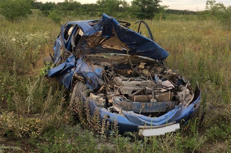 В Старом Осколе погибла пассажирка перевернувшейся иномарки, фото-2