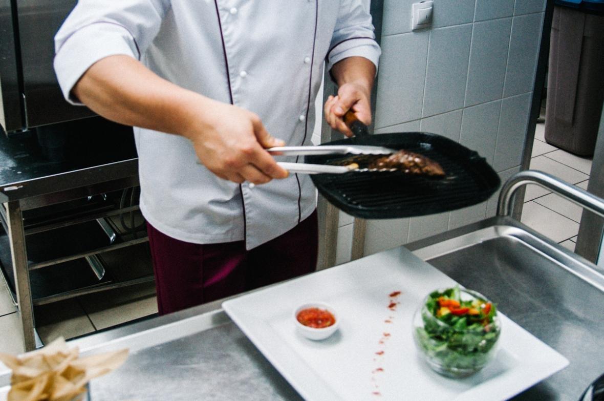 «Довожу до идеала каждое блюдо». Шеф-повар ресторана Voyage — о русской и европейской кухнях, фото-4