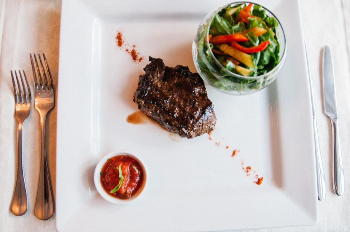 «Довожу до идеала каждое блюдо». Шеф-повар ресторана Voyage — о русской и европейской кухнях, фото-5