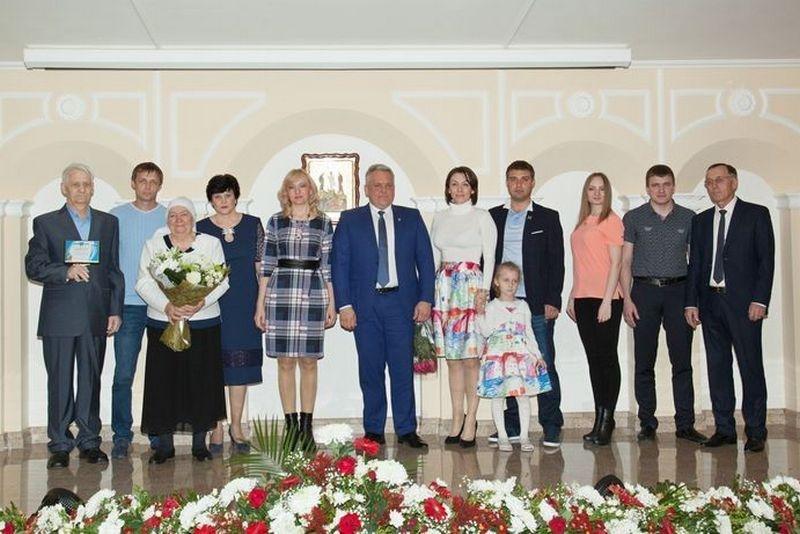 Семья Захаровых изБелгорода признана «Золотой семьёй России»