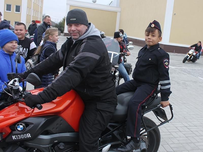 В Старом Осколе сотрудники ГИБДД закрыли байкерский сезон, фото-3, фото пресс-службы УМВД России по Белгородской области