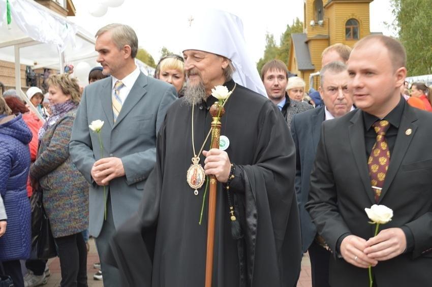 Собранные пожертвования на акции «Белый цветок» пойдут на лечение 12 маленьких белгородцев, фото-3