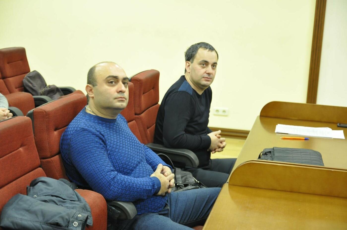 Ашот Симонян и его адвокат Вартан Сагрунян