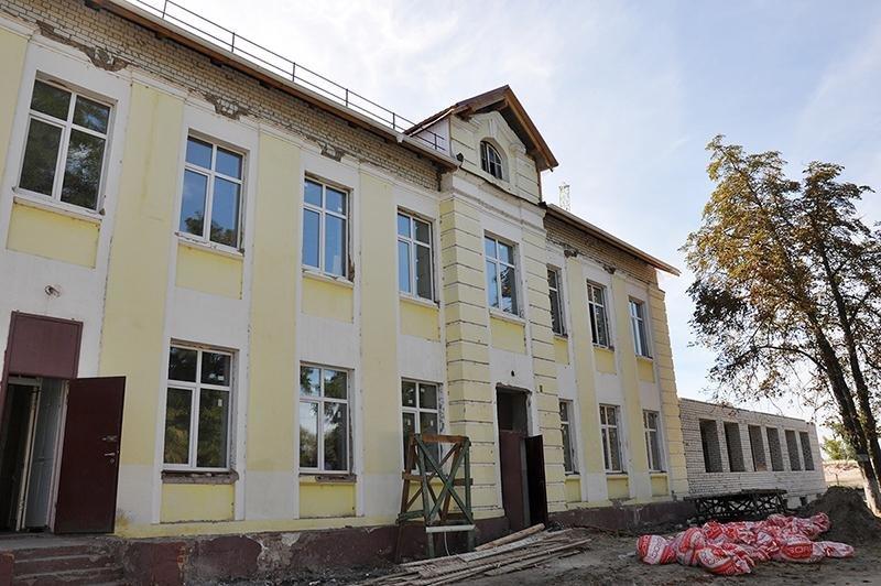 В Шебекине продолжается реконструкция школы, фото-2