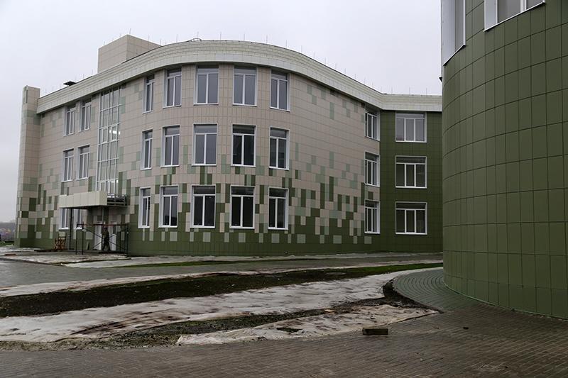 В Шебекине продолжается реконструкция школы, фото-3