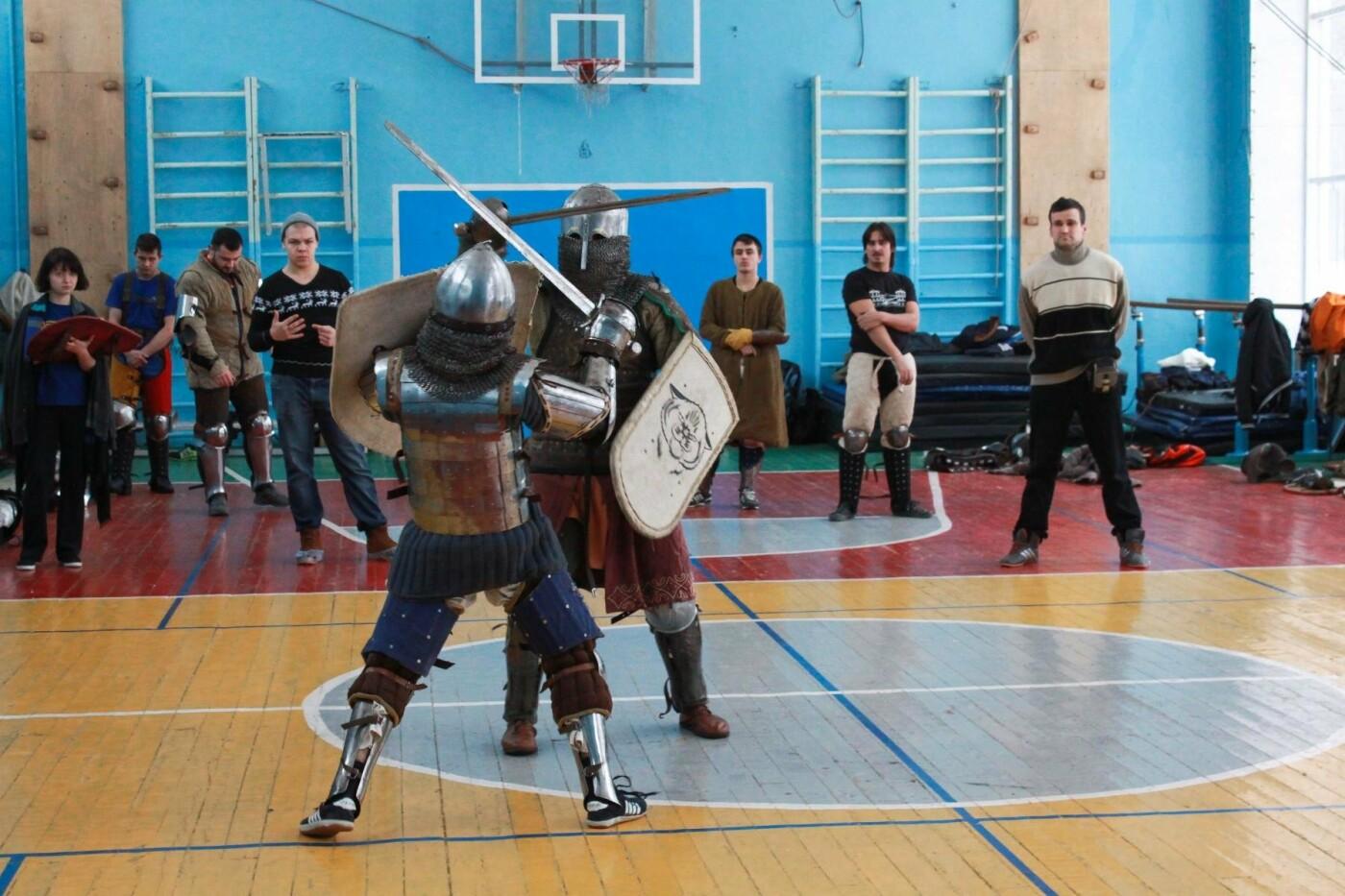 Белгородцев приглашают на спарринги в доспехах, фото-2