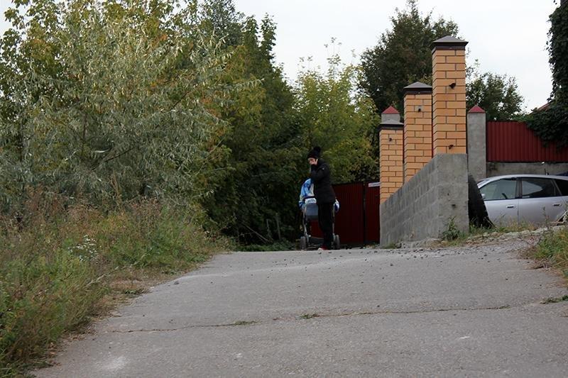 Ненужный город. Как жители улиц в центре Белгорода оказались отрезанными от цивилизации, фото-17