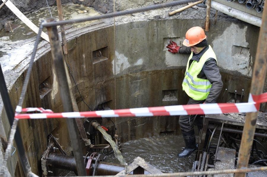Белгородский парк Победы спасают от подтоплений, фото-1