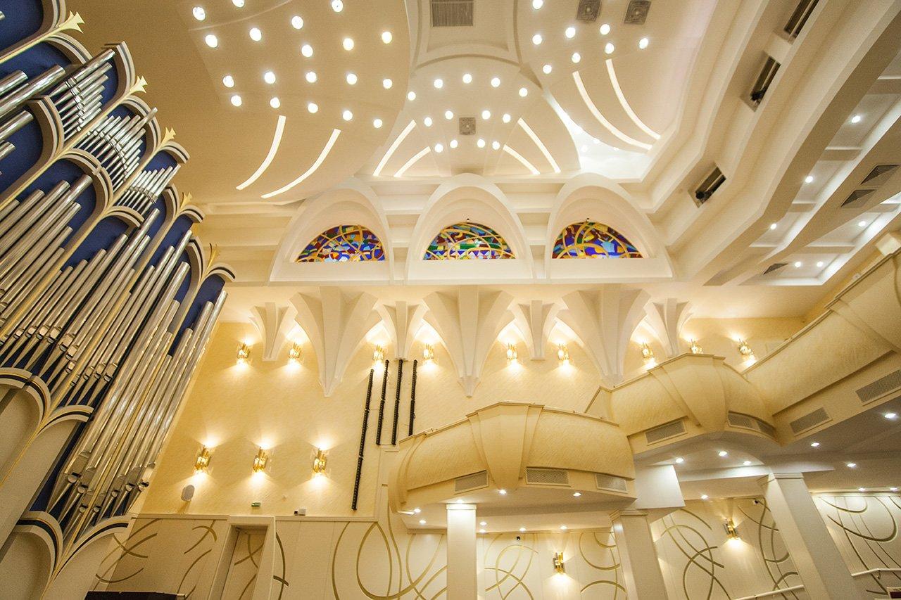 Органный зал с привидениями. В Белгородской филармонии отмечают день 6-летие четырёхэтажного инструмента, фото-6