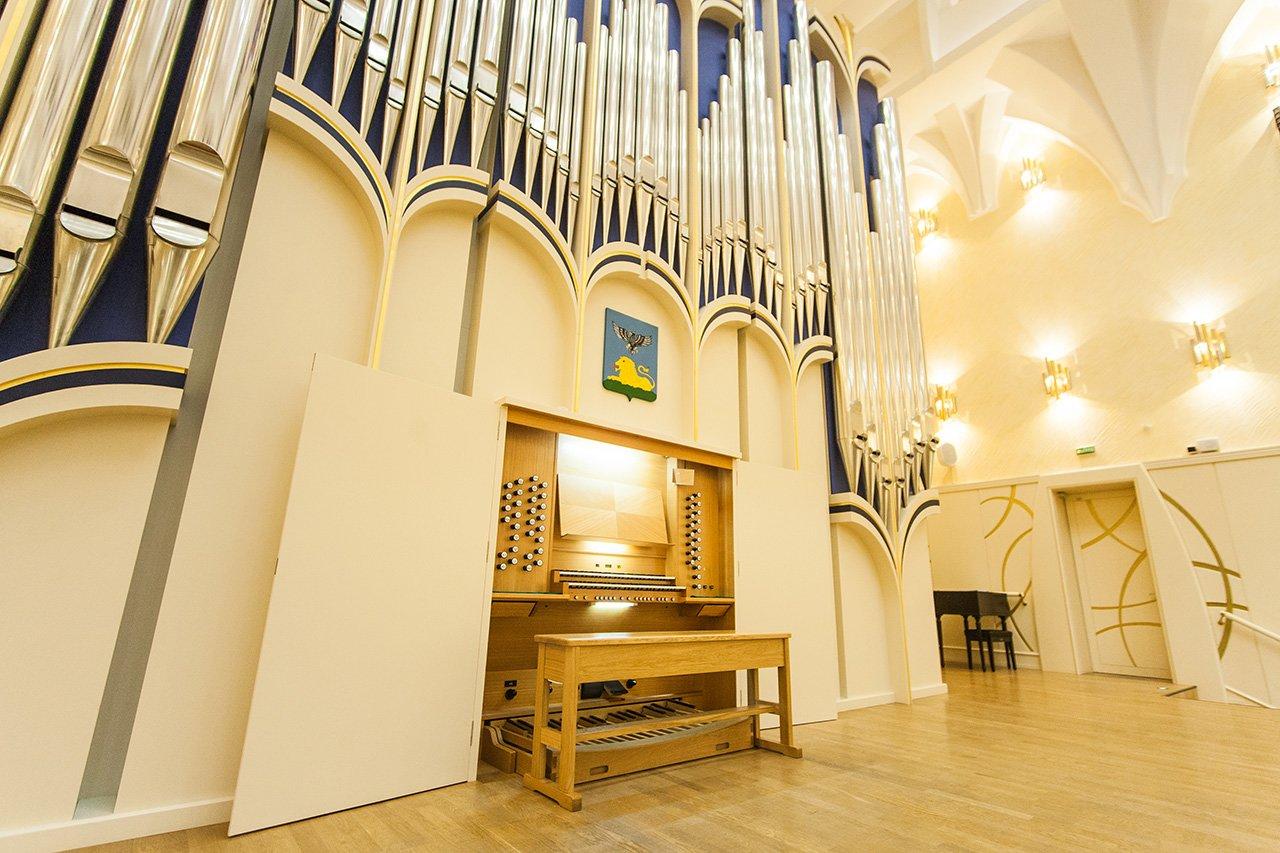 Органный зал с привидениями. В Белгородской филармонии отмечают день 6-летие четырёхэтажного инструмента, фото-7