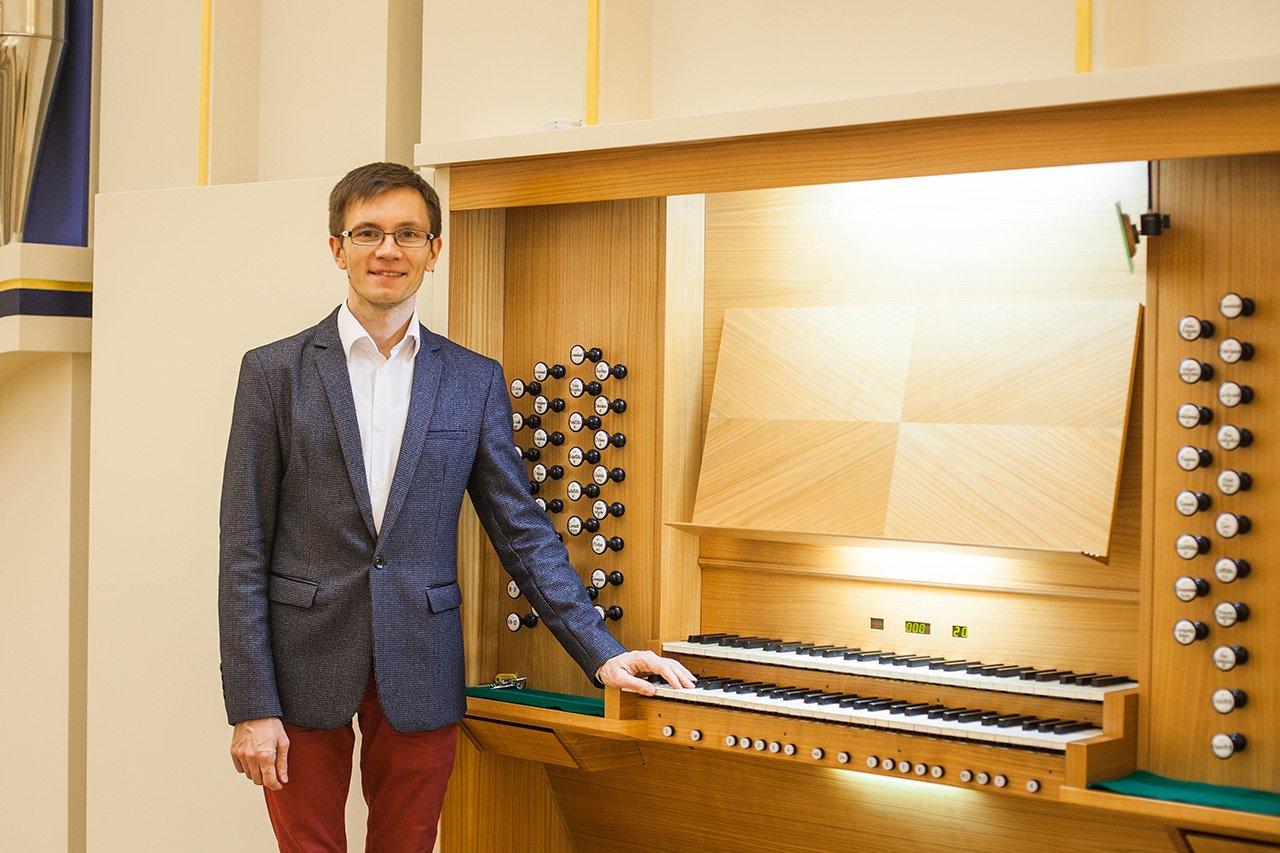 Органный зал с привидениями. В Белгородской филармонии отмечают день 6-летие четырёхэтажного инструмента, фото-1