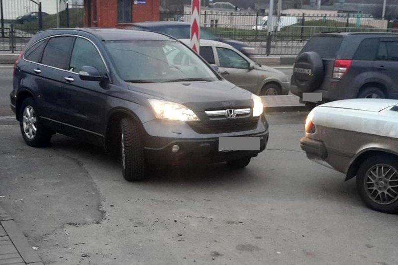 В Стрелецком под колёсами машины пострадала 59-летняя женщина, фото-1
