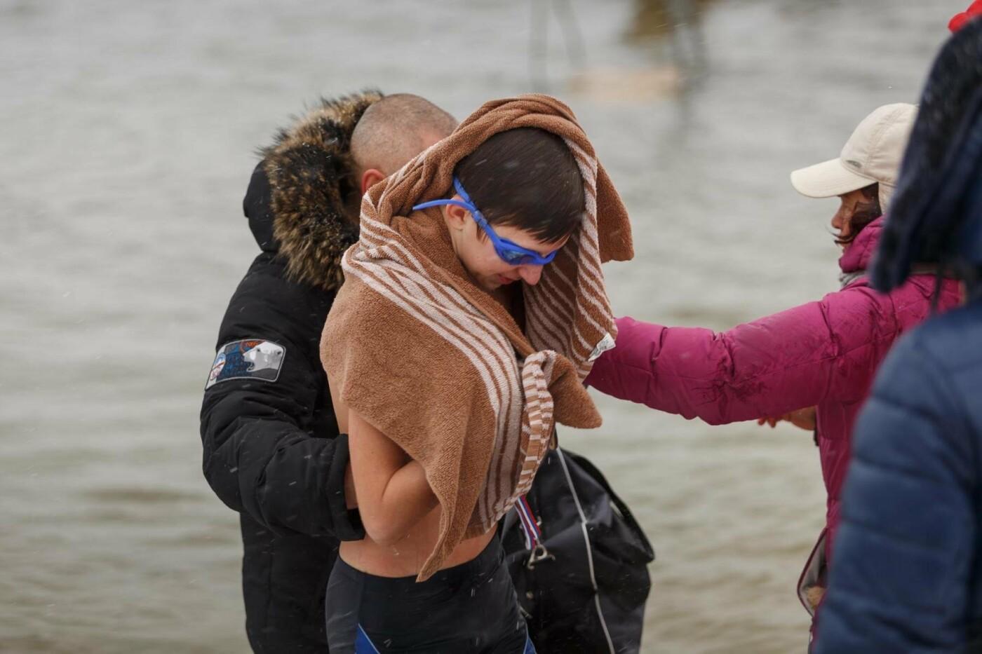 В Белгороде прошли соревнования по зимнему плаванию, фото-8