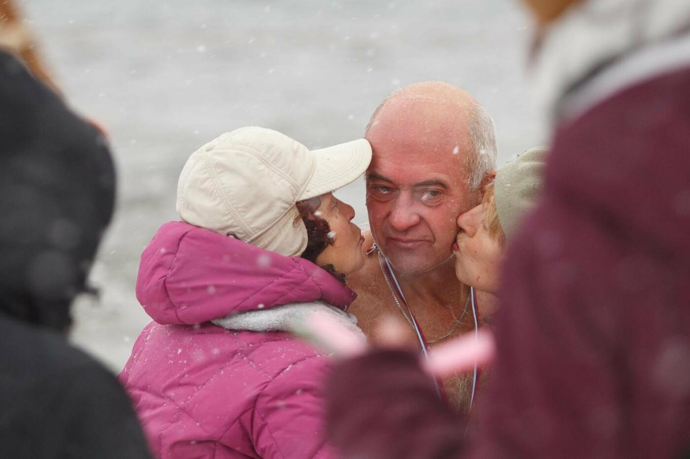 В Белгороде прошли соревнования по зимнему плаванию, фото-13