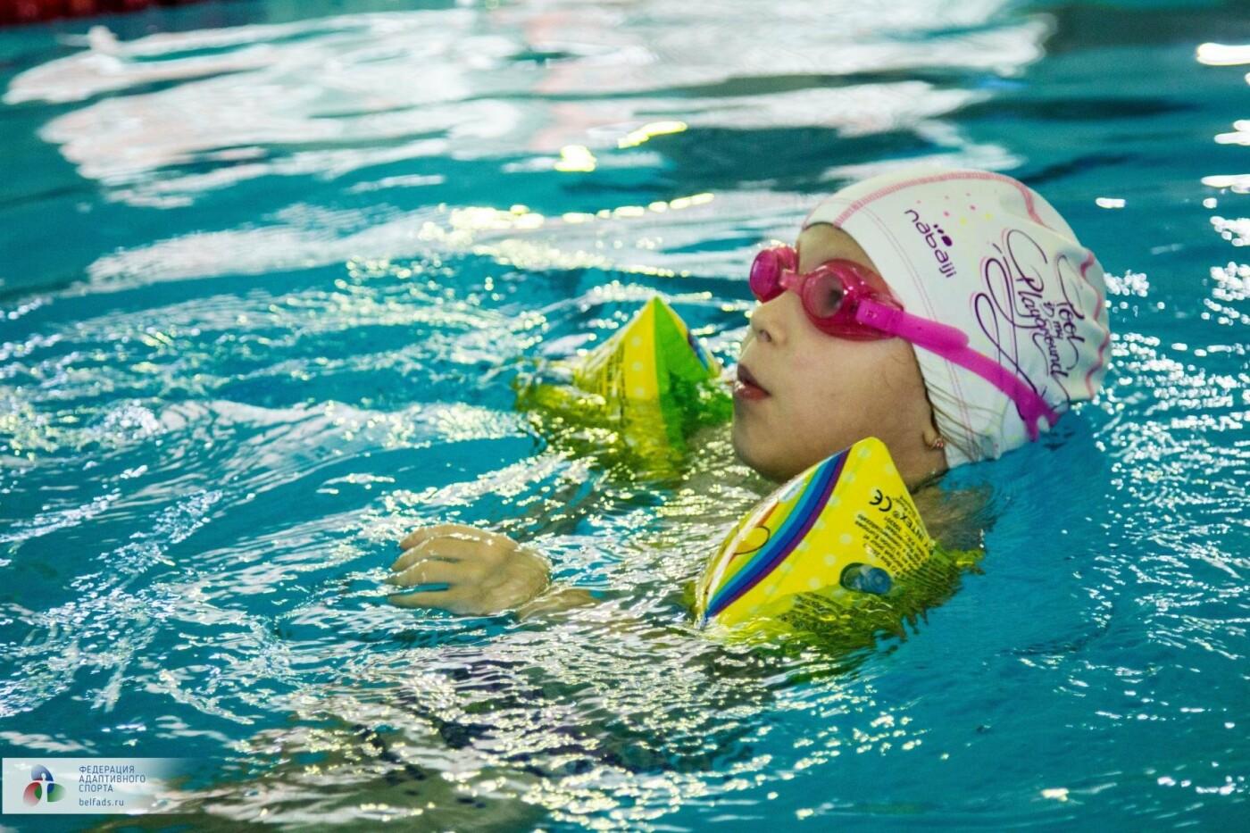 Предновогодний заплыв: члены Федерации адаптивного спорта провели соревнования по плаванию, фото-8
