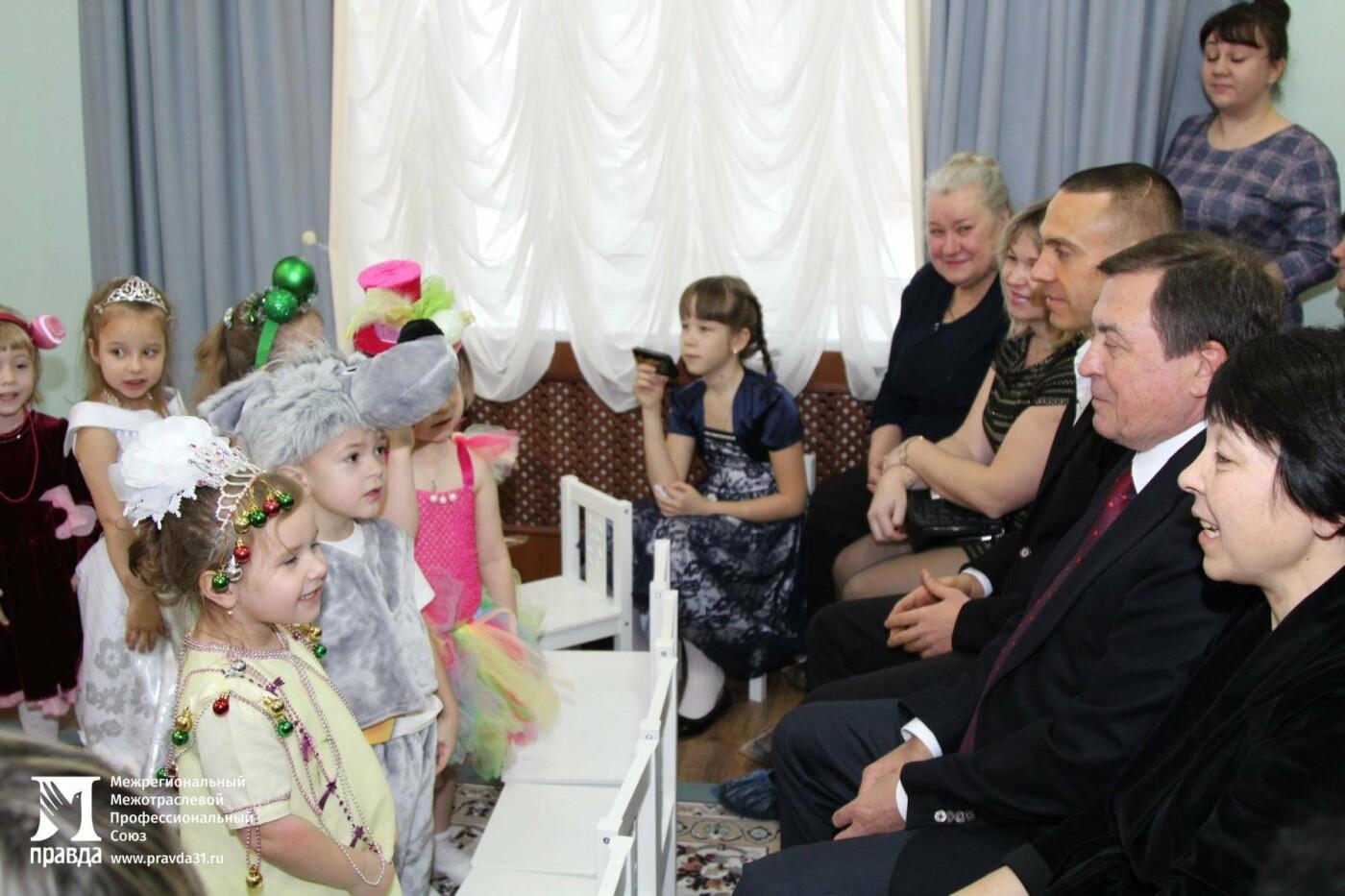 Праздник к нам приходит: воспитанников православного детского сада «Рождественский» поздравили с Новым годом, фото-2