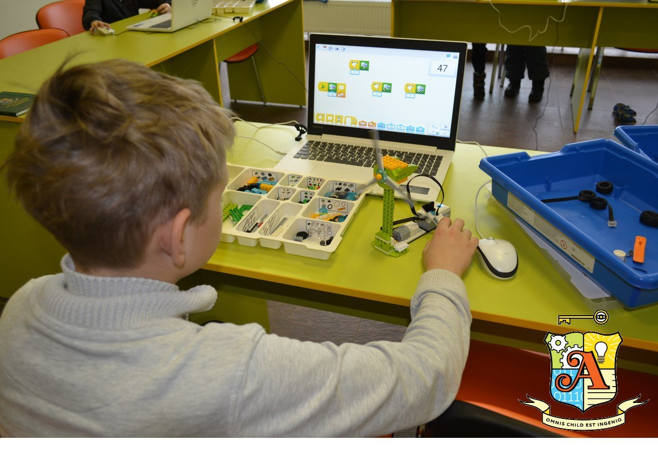 Детям будет интересно! В Белгороде открылся клуб программирования и робототехники «Академия гениев», фото-1