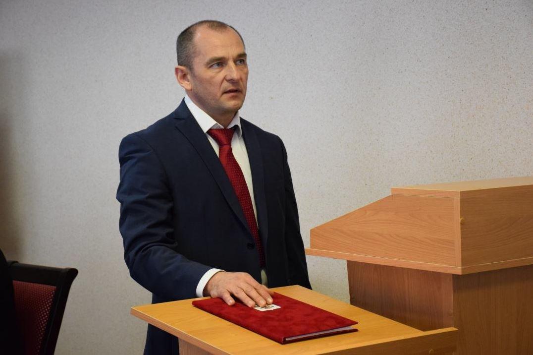 Красногвардейские депутаты выбрали главой района сына своего председателя , фото-2