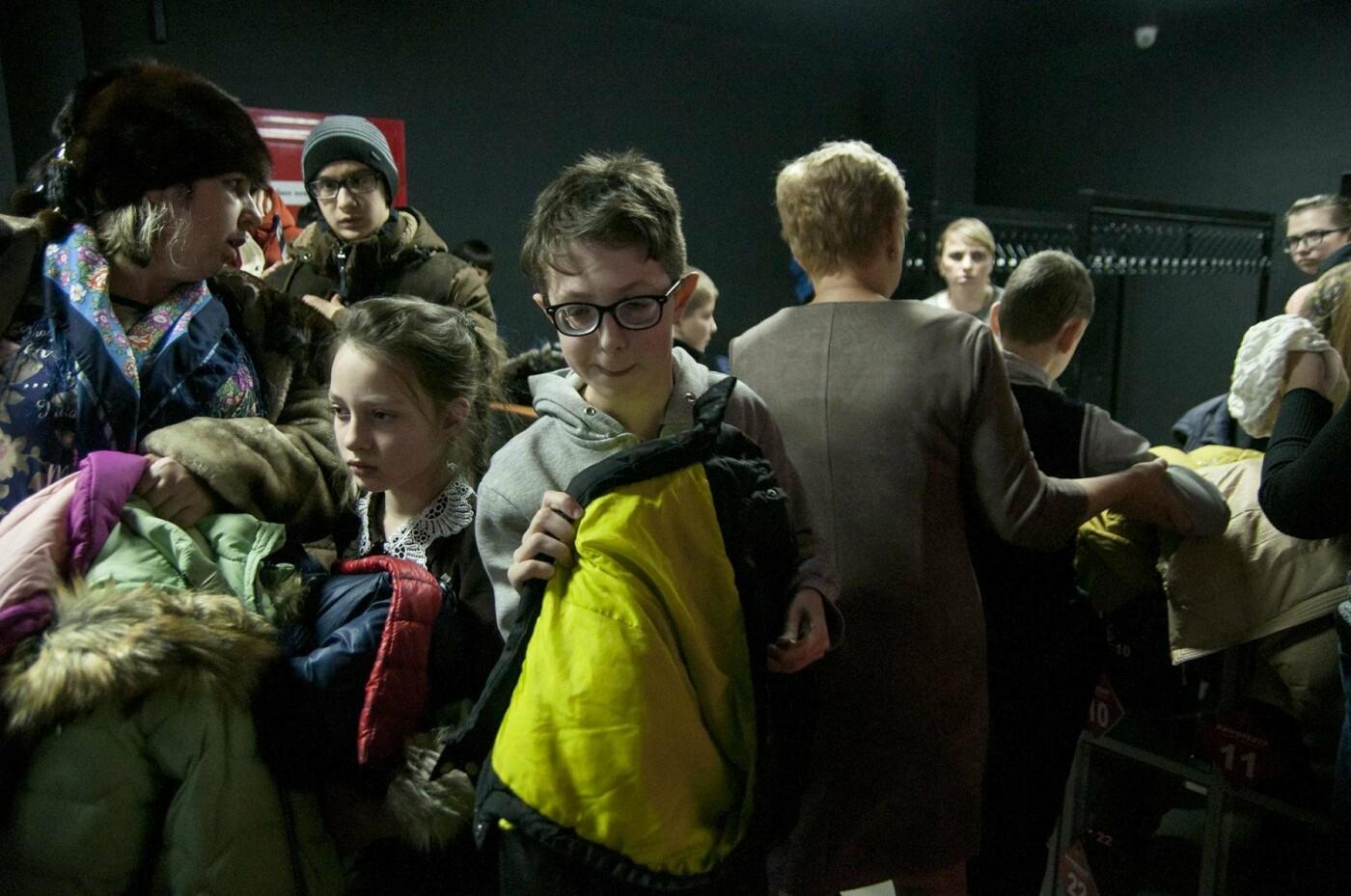 Школьники Валуйского интерната для слепых впервые все вместе сходили в кино, фото-2