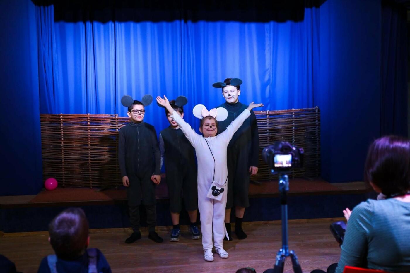 В Белгороде состоялась премьера инклюзивного спектакля «Приключения белой мышки»