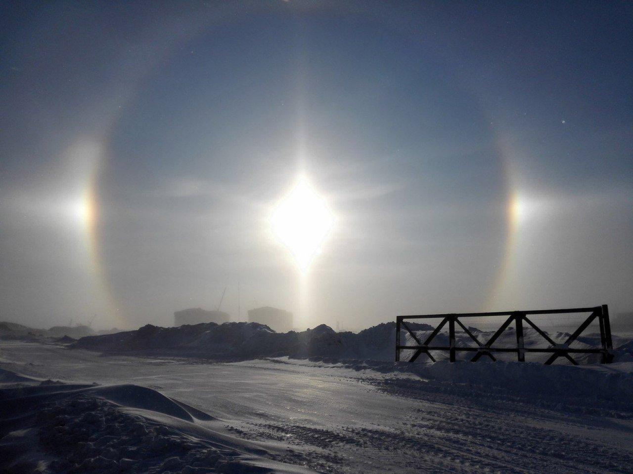 Два дня белгородцы наблюдали редкие природные явления — световой столб и ложное солнце, фото-1