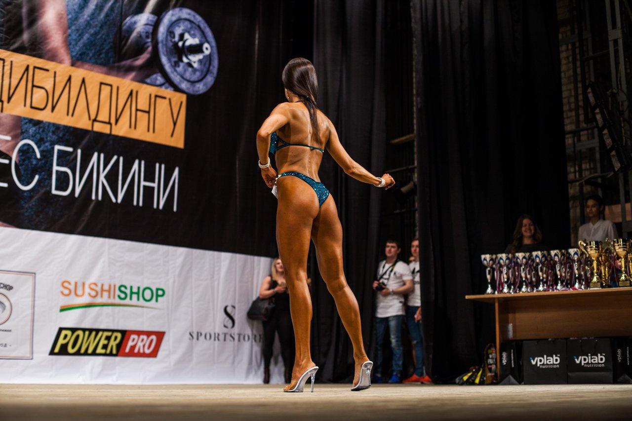 Губкинец Владимир Беляев стал чемпионом в белгородском турнире по бодибилдингу , фото-8