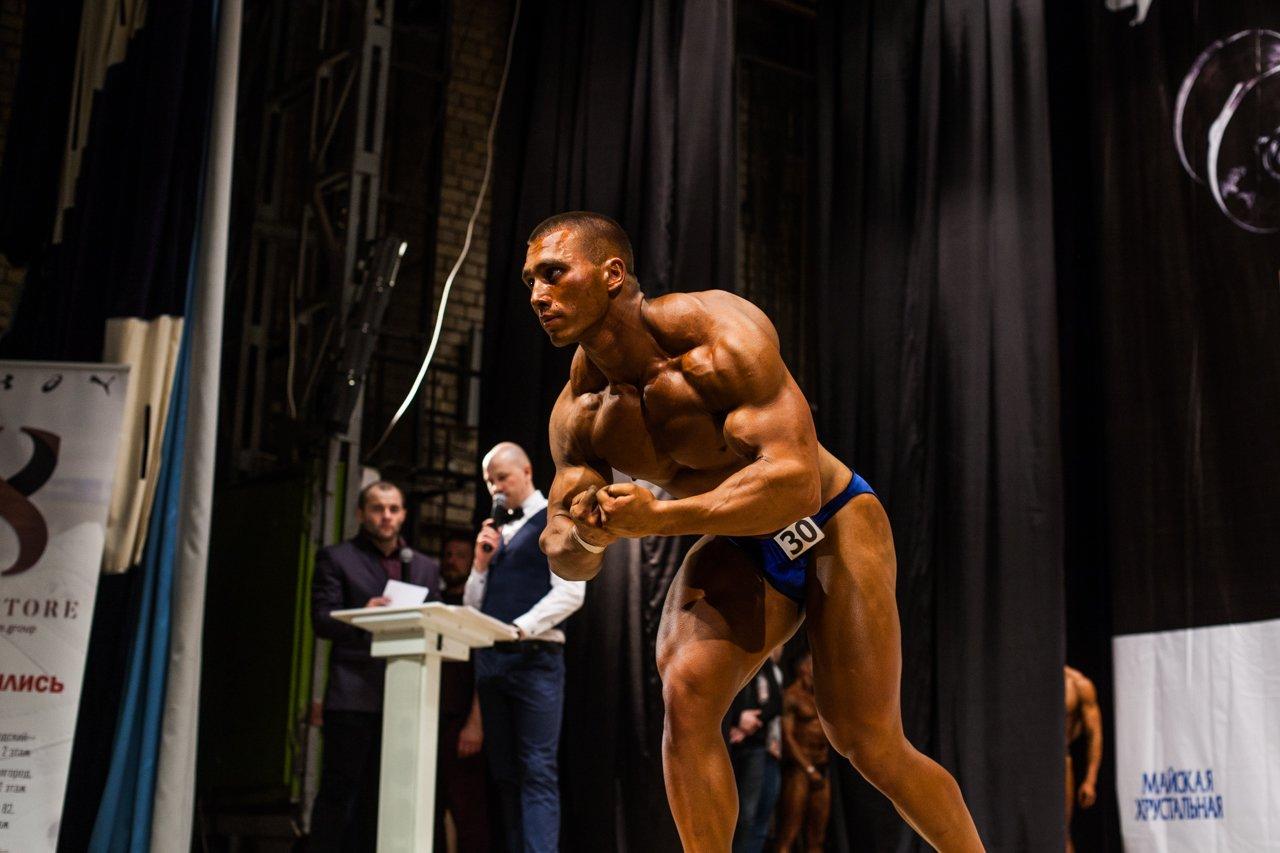 Губкинец Владимир Беляев стал чемпионом в белгородском турнире по бодибилдингу , фото-11