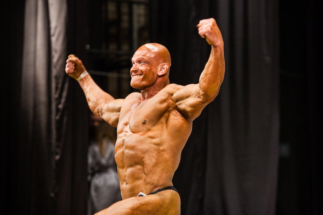 Губкинец Владимир Беляев стал чемпионом в белгородском турнире по бодибилдингу , фото-12
