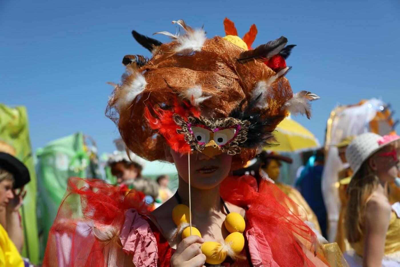 «У кого яйца, тот и прав». Как жители вымышленного города создают культ яичности, фото-20