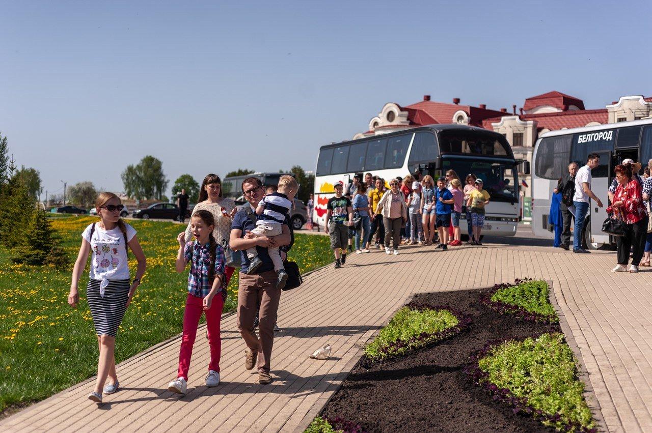 Профсоюз «Правда» организовал поездку в Прохоровку для наследников Великой Победы, фото-11