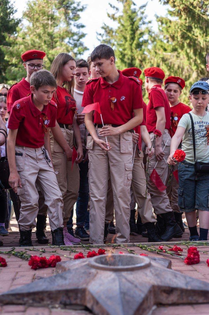 Профсоюз «Правда» организовал поездку в Прохоровку для наследников Великой Победы, фото-4