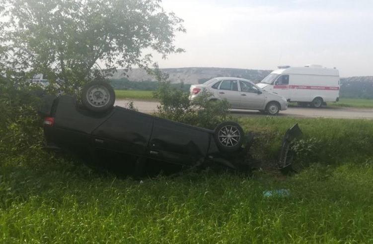 Мотоциклист устроил аварию под Белгородом, фото-3