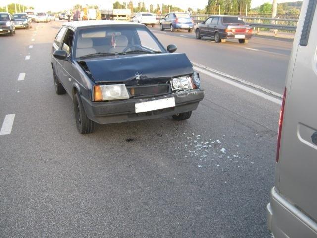 Мотоциклист устроил аварию под Белгородом, фото-1