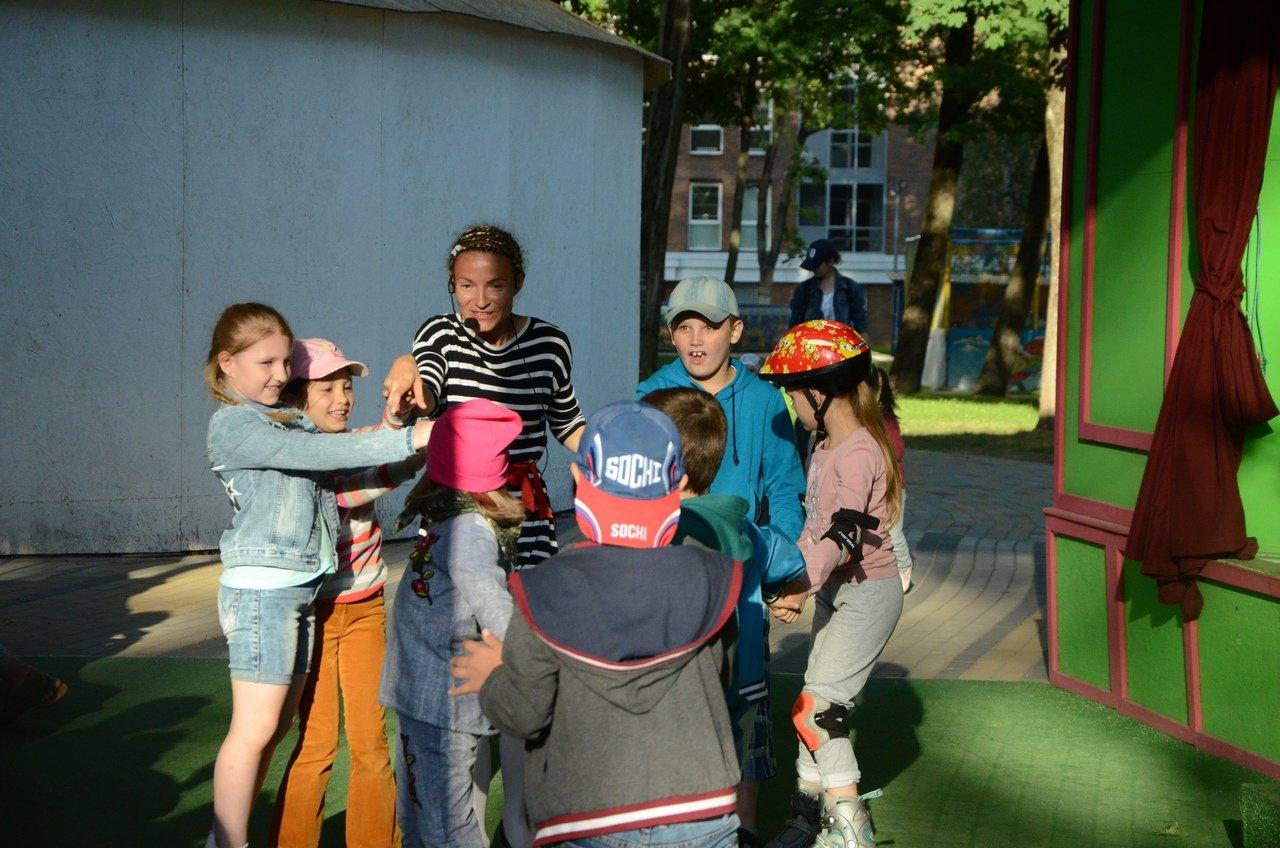 В Зелёном театре парка Ленина начались пятничные бесплатные концерты для детей , фото-5
