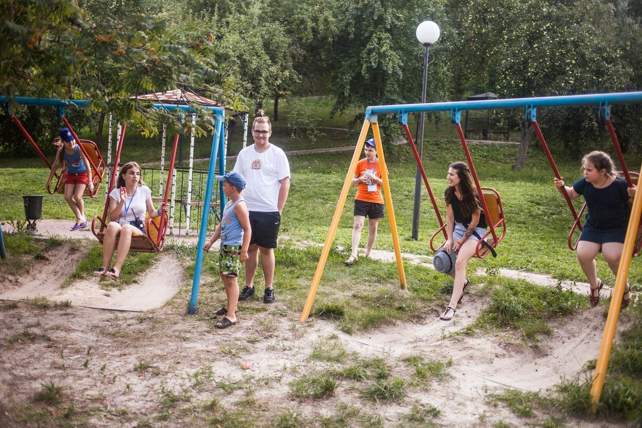 В белгородском реабилитационном лагере «Мы можем всё» дети научились писать сюжеты к киносценариям, фото-17