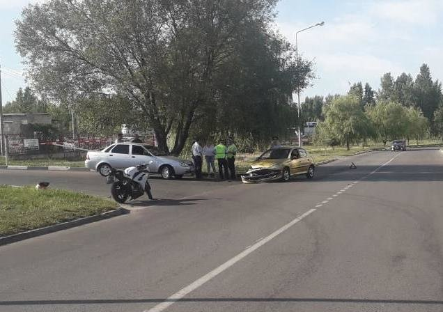 Водитель «Лады» на высокой скорости отправил в больницу двух детей и двух женщин, фото-1