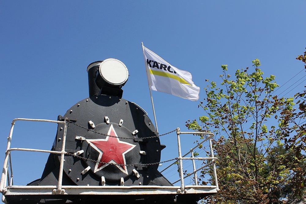 В Белгороде специалисты Керхер Центра очистили паровоз-музей РЖД, фото-1