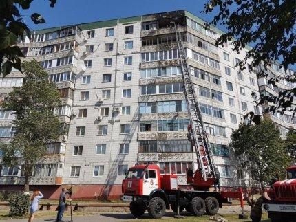 Из-за ночного пожара в Старом Осколе эвакуировали жильцов высотки, фото-1