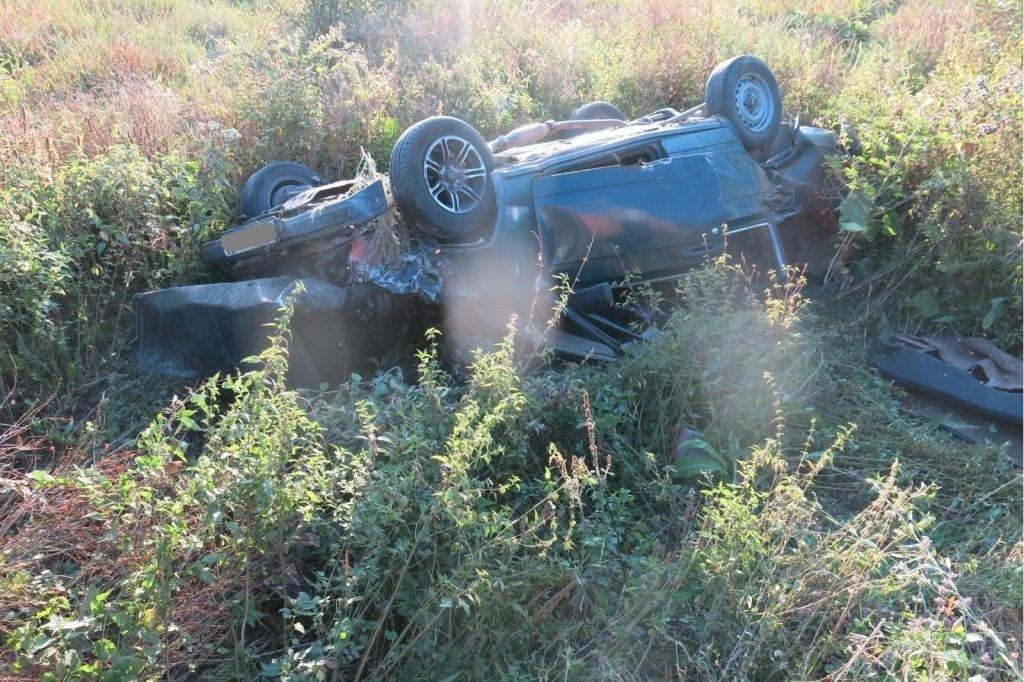 Водители перевернувшихся машин погибли на белгородских трассах, фото-1