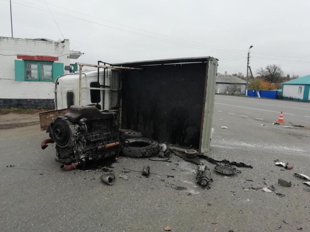 В Белгороде по цепочке столкнулись пять машин, фото-1