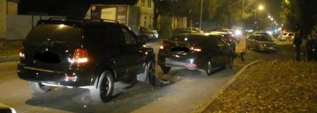 В Белгороде столкнулись четыре автомобиля, фото-1
